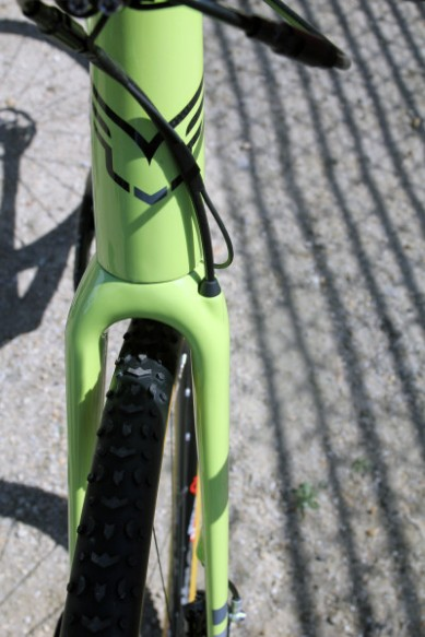 Felt-Disc-cyclocross-road-f2x-f1x-f3x-nine-frd-z2-disc-21-400x600 (1)