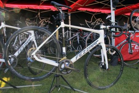 Fezzari-prototype-disc-road-cross-bike-3-600x400