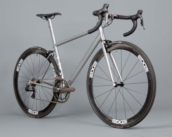 English-Cycles-Di2-Special-Road-Bike-Stealth-install2-600x478