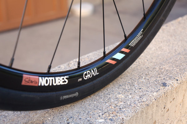 stans-notubes-grail-gravel-road-bike-rims-preview2-600x398