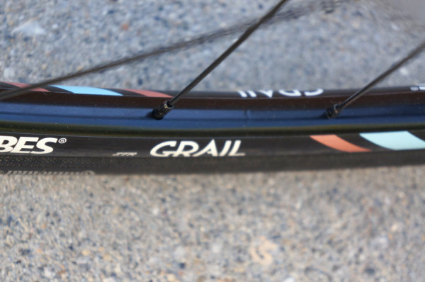 stans-notubes-grail-gravel-road-bike-rims-preview3-600x398
