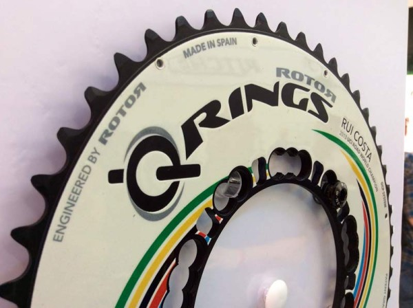 rotor-custom-painted-oval-chainrings03-600x448