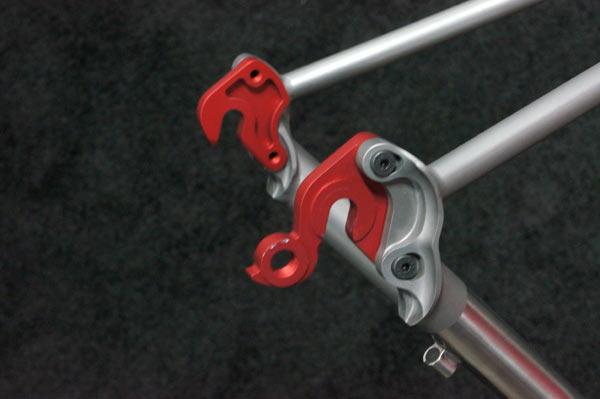2015-Guru-Praemio-R-Disc-custom-titanium-road-bike10