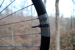 Ibis-741-carbon-mountain-bike-wheels-super-wide-enduro-5-600x400