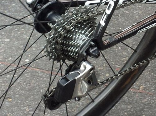 SRAM-Red-Wireless-electronic-road-shifting-group-closeup-2015-2-600x447
