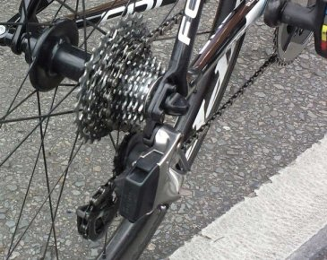 SRAM-Red-Wireless-electronic-road-shifting-group-closeup-2015-6-600x478