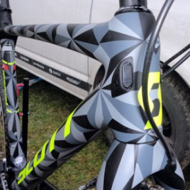 CX-Worlds_Marcel_Wilhaber_Scott-Addict-CX-SL_prototype_carbon_disc-brake_cyclocross_bike_modular-routing-297x297
