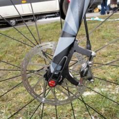 CX-Worlds_Marcel_Wilhaber_Scott-Addict-CX-SL_prototype_carbon_disc-brake_cyclocross_bike_thru-axle_fork_flat-mount-brakes-297x297