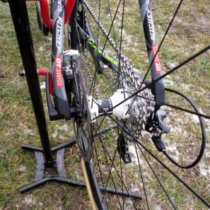 CX-Worlds_Marcel_Wilhaber_Scott-Addict-CX-SL_prototype_carbon_disc-brake_cyclocross_bike_thru-axle_rear-end-297x297