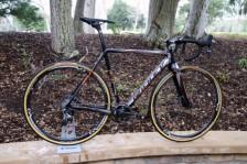Ridley-Oryx-thru-axle-disc-brake-cyclocross-fork-Noah-SL-x-Night-4za-carbon-wheels-12-600x400
