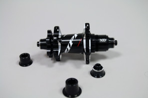 Zipp-disc-brake-202-303-clincher-tubular-15-297x198
