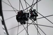 Zipp-disc-brake-202-303-clincher-tubular-2-600x400