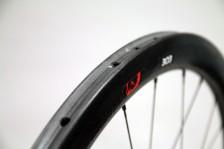 Zipp-disc-brake-202-303-clincher-tubular-7-600x400