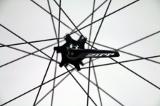 Zipp-disc-brake-202-303-clincher-tubular-8-600x400