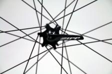 Zipp-disc-brake-202-303-clincher-tubular-8-600x400