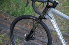 2016-Cannondale-Lefty-Oliver-for-Slate-gravel-road-bike-03-600x400