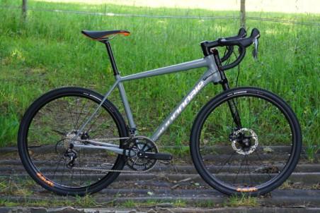2016-Cannondale-Slate-gravel-road-bike-lefty-01-600x400