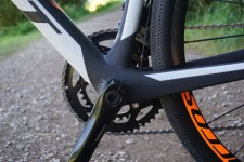 2016-Scott-Addict-Gravel-Disc-road-bike-details-10-600x400