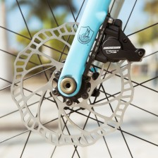Campagnolo_Campy-Tech-Labs_road-disc-brake_sneak-peek_16_front-flat-mount-600x600