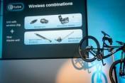 Shimano-XT-di2-electronic-shifting-drivetrain-mountain-bike-mtb-battery-wired-39-1-600x400