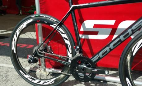 sram-red-etap-hydro-hydraulic-disc-brake-group-spy-shot02-600x366