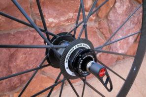 Lightweight-Milestein-disc-brake-carbon-wheels-clincher-7-297x198