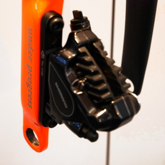 THM_Scapula-Orbis_prototype-road-disc-fork_12mm-thru-axle_flat-mount-dsic-brake_dropout