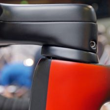 Sarto-Lampo-Disc-proto_custom-Italian-carbon-disc-brake-aero-road-bike_prototype-internal-hydraulic-stealth-routing_headset-side-detail-600x450