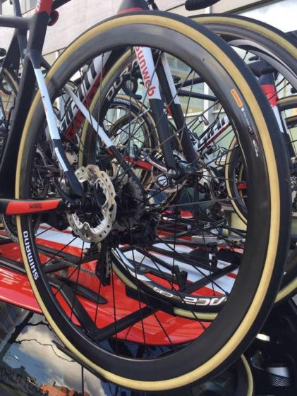 team-sunweb-giant-defy-disc-brakes-4