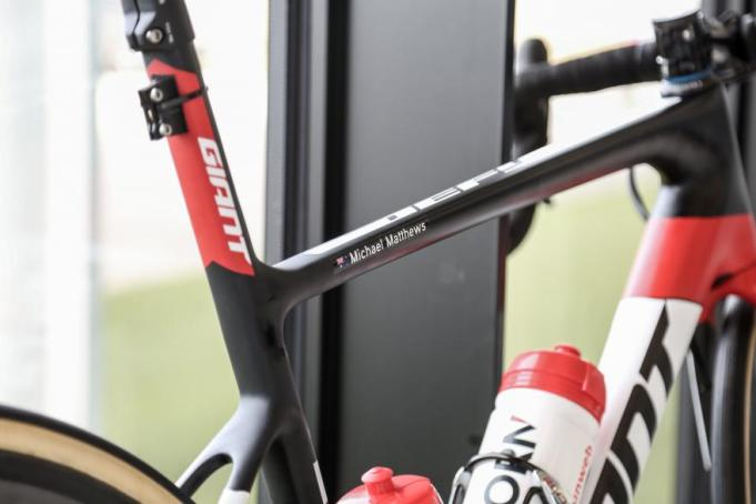 team-sunweb-giant-defy-disc-brakes-5